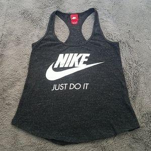 Nike razorback